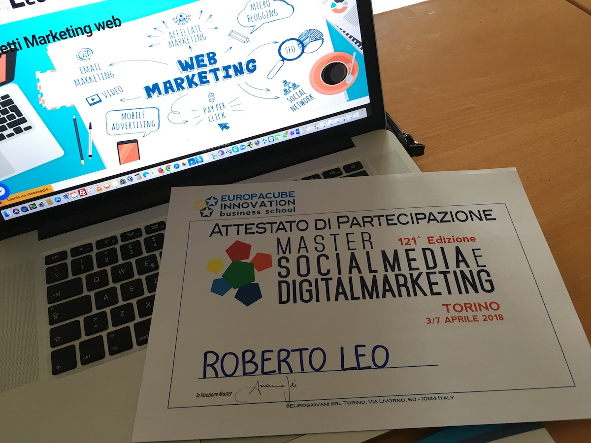 Social Media Marketing a Torino Esperto social media manager torino consulente social media manager torino social media torino